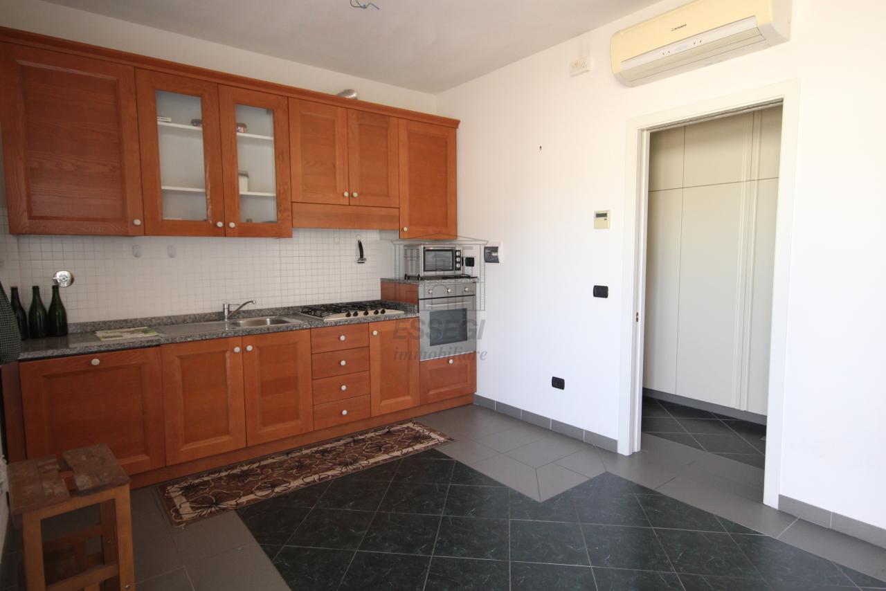 Appartamento Lucca Centro storico IA03259 img 25
