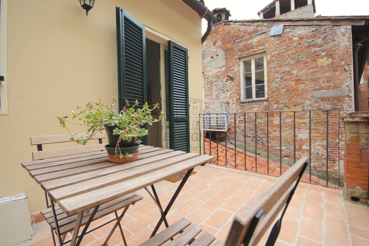 IA02853 Lucca Centro storico