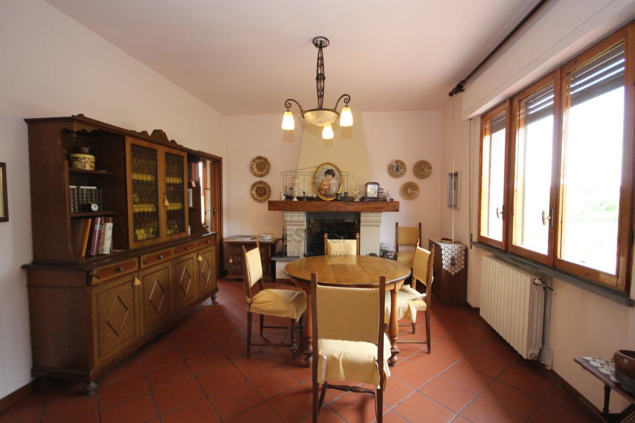 Villa divisa in due unità Lucca S. Cassiano a Vico IA03434 img 11