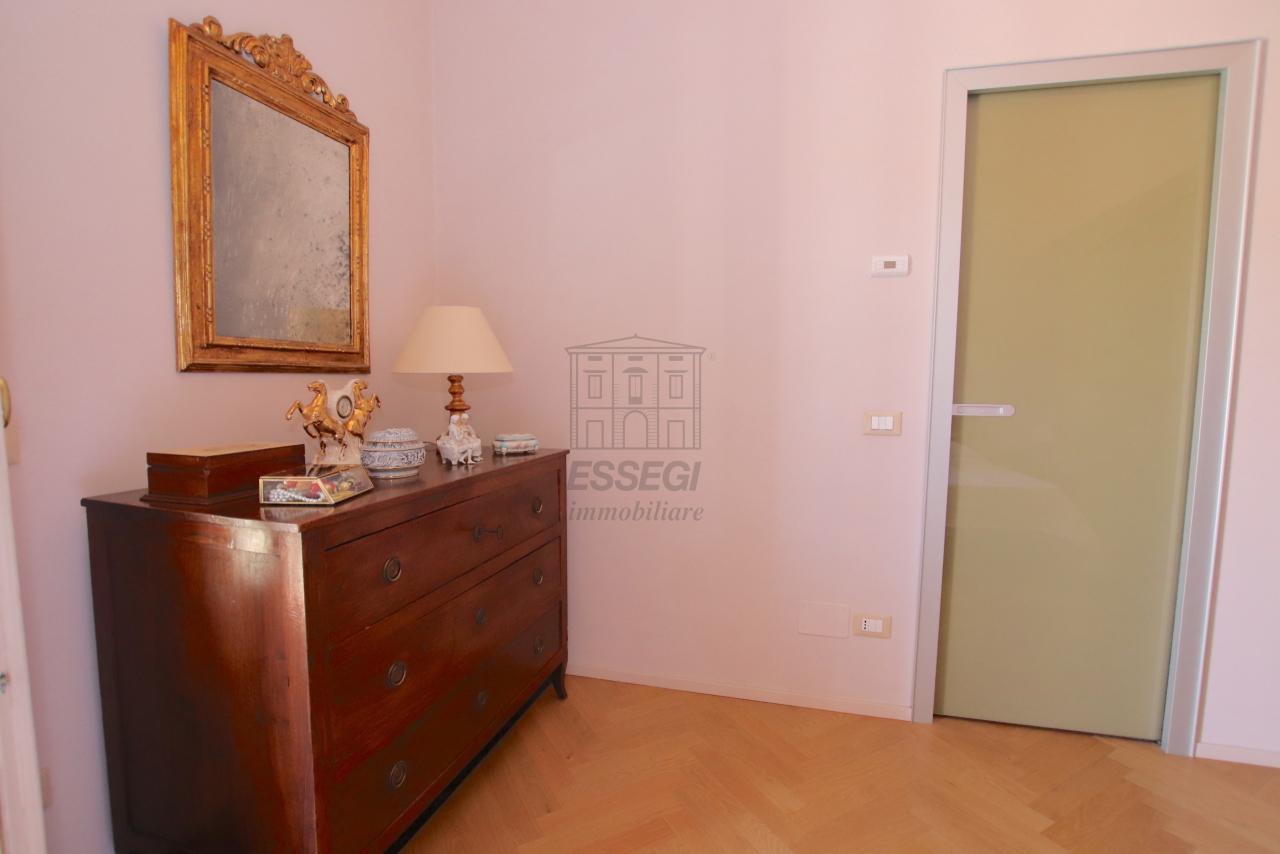 Appartamento Lucca Centro storico IA03502 img 49