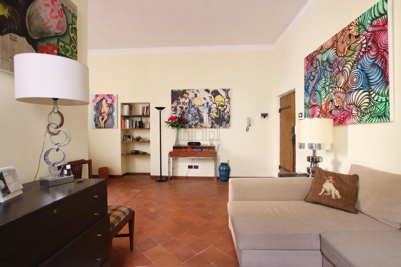 Appartamento Lucca Centro storico IA03541 img 4