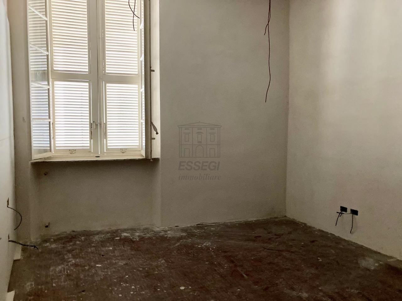 Appartamento Lucca Centro storico IA03509 img 5