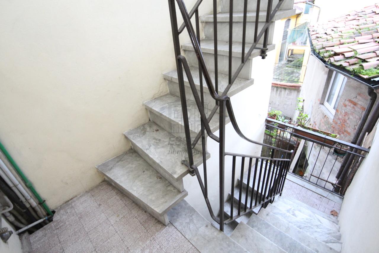 Appartamento Lucca Centro storico IA03407 img 17