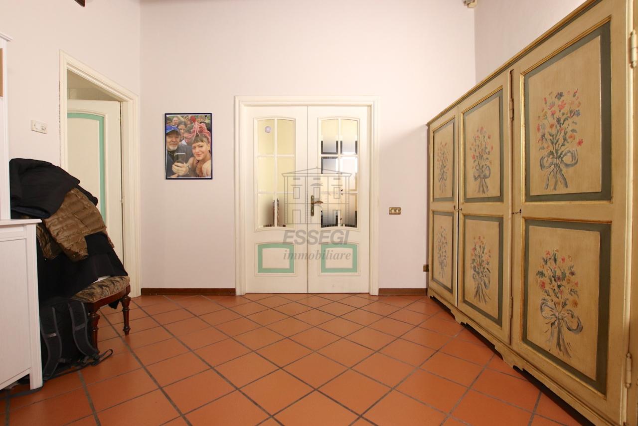 Appartamento Lucca Centro storico IA00362 img 5