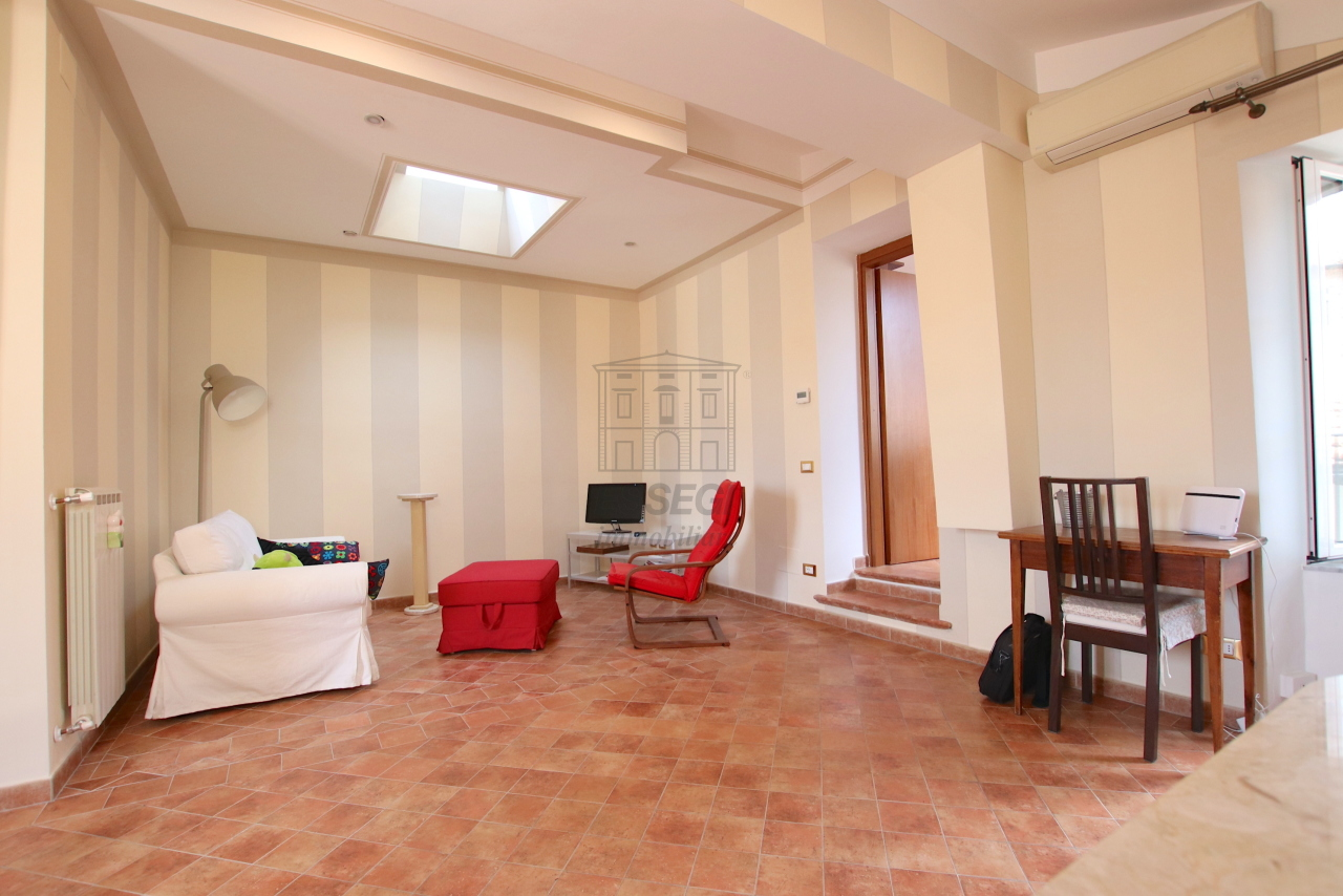 Appartamento Lucca Centro storico IA03545 img 11