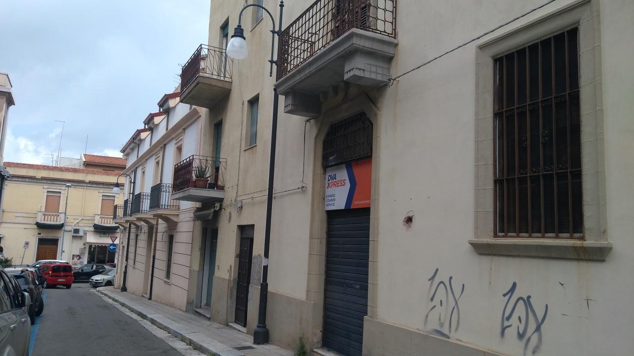 7a2219676375c Negozio   Locale Reggio Calabria Affitto € 500 60 mq - Cambiocasa.it