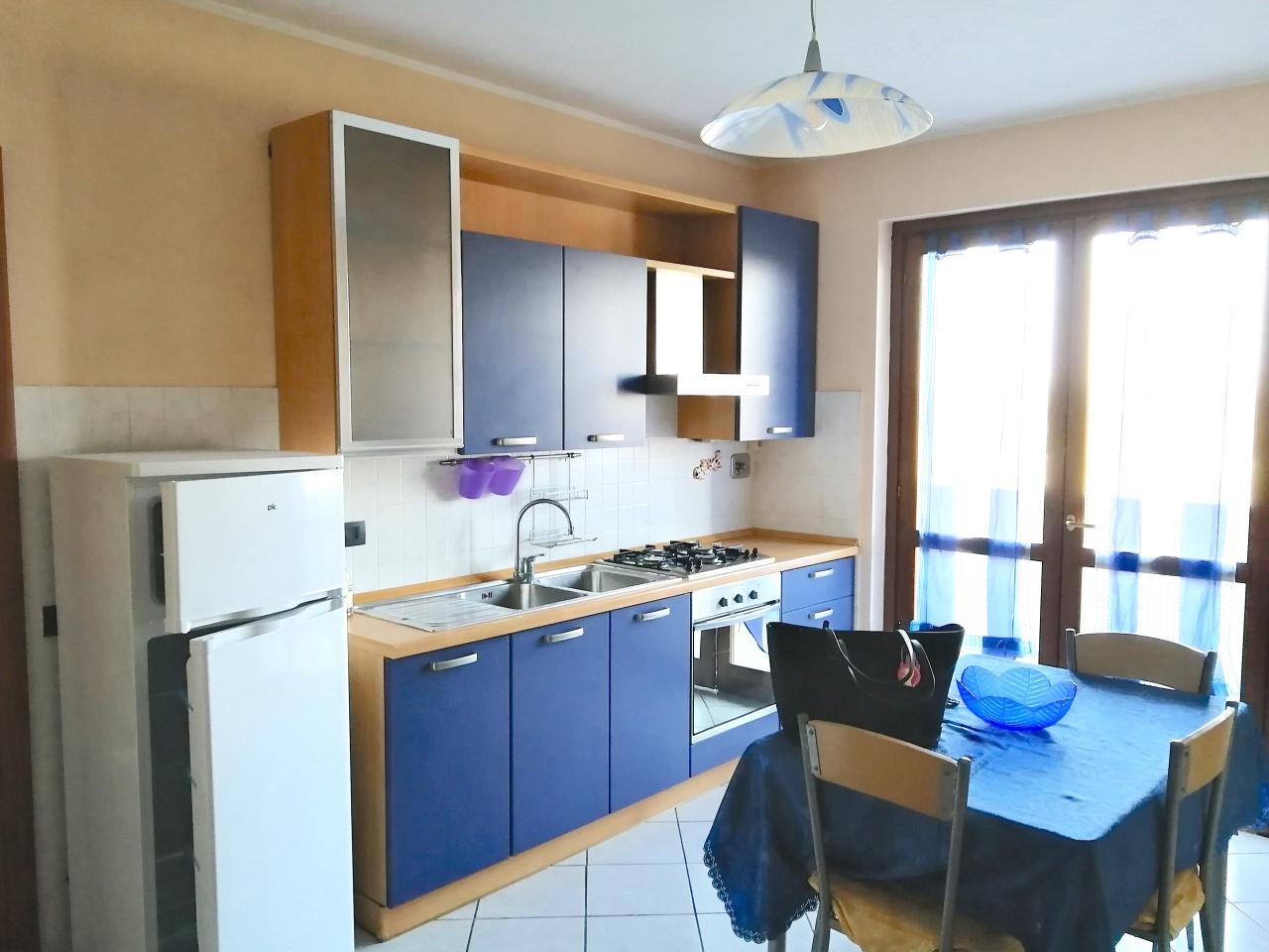 Appartamento in ottime condizioni in vendita Rif. 9706984