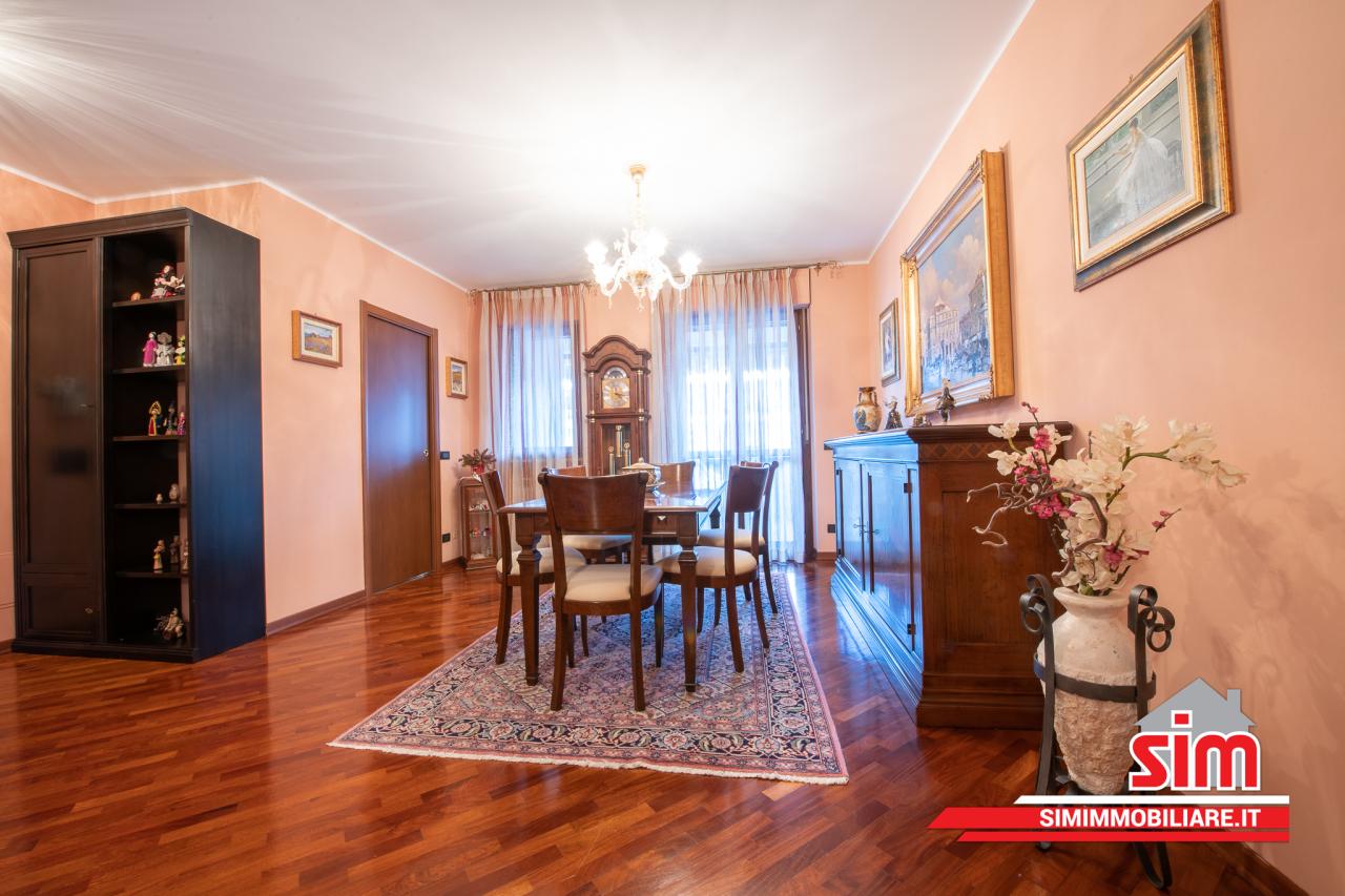 Appartamento in vendita a Novara, 3 locali, prezzo € 255.000   PortaleAgenzieImmobiliari.it