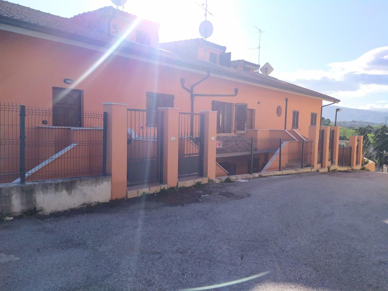Appartamento in vendita a Bucchianico, 4 locali, prezzo € 110.000 | PortaleAgenzieImmobiliari.it