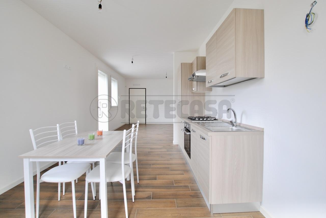 Appartamento in vendita a Trissino, 6 locali, prezzo € 215.000 | PortaleAgenzieImmobiliari.it