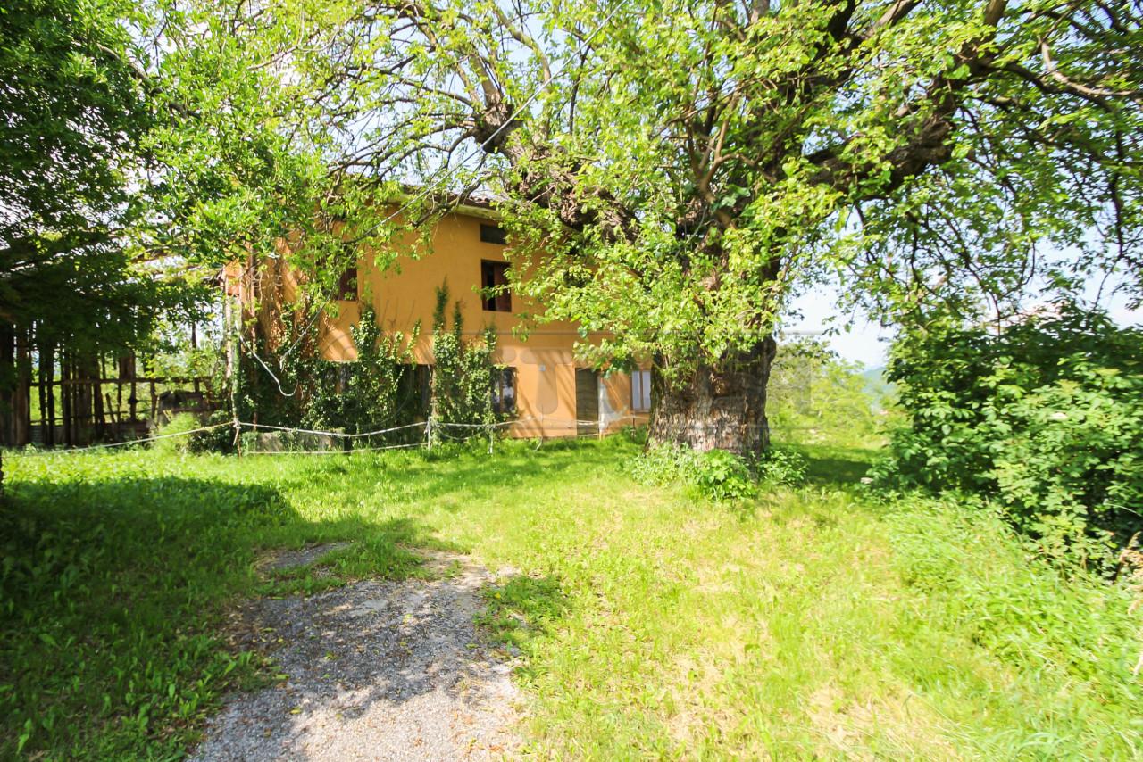 Rustico / Casale in discrete condizioni in vendita Rif. 10451982