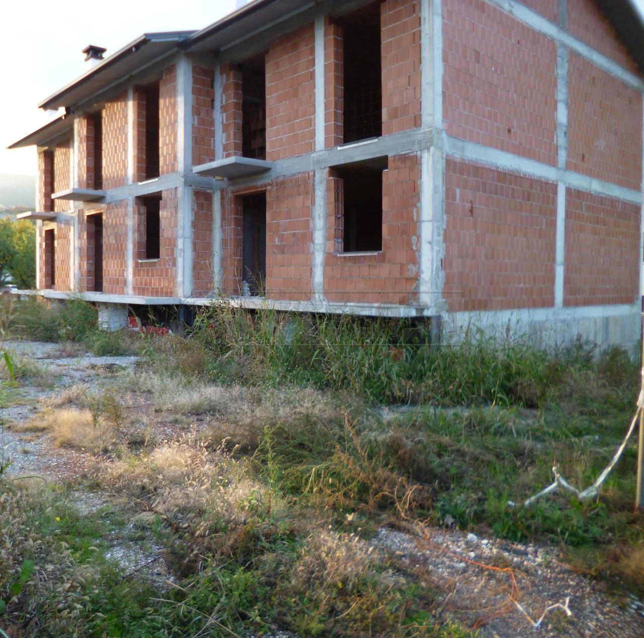 Villa a Schiera in Vendita a Montecchia di Crosara