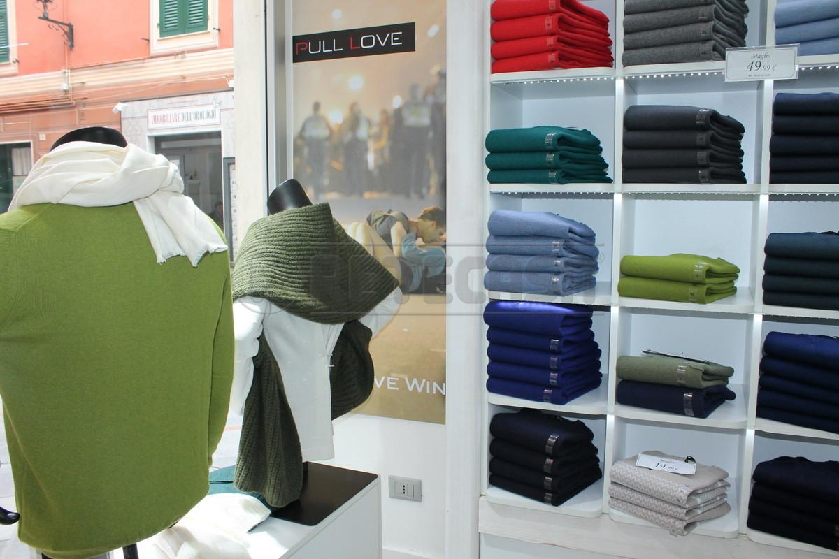 Attività commerciale - Abbigliamento a Loano Rif. 8379704