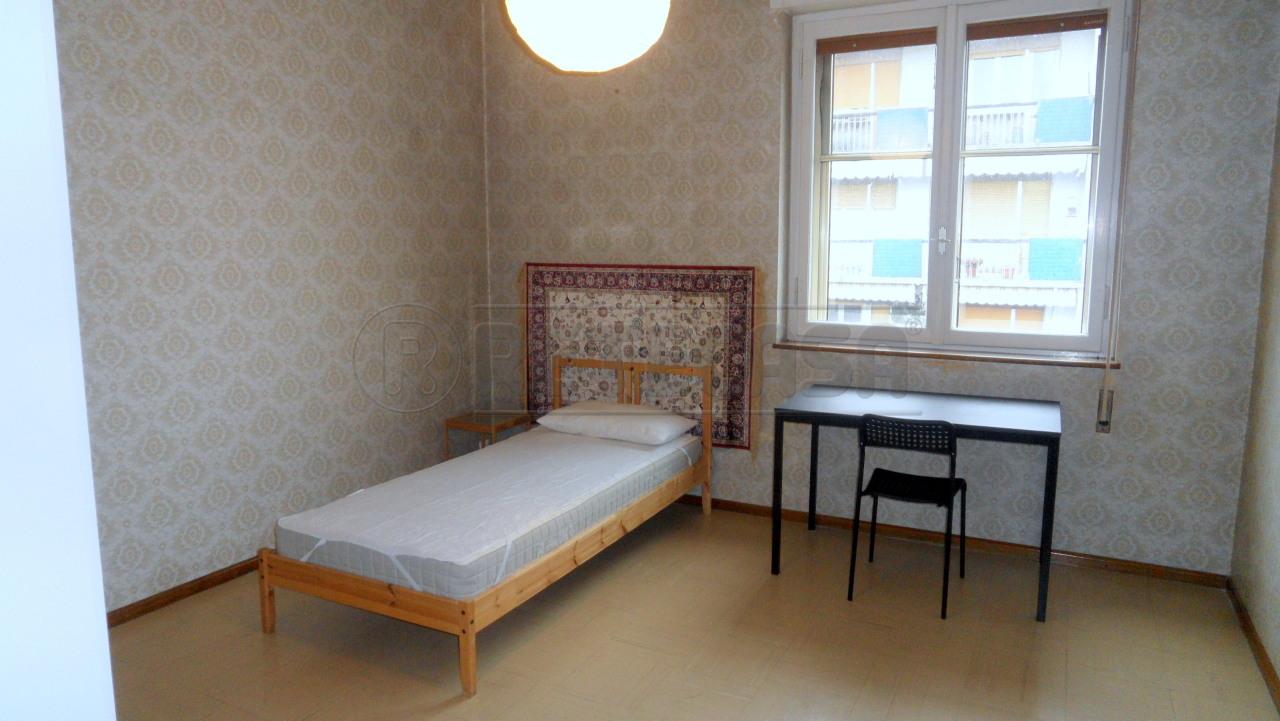 Appartamento in buone condizioni arredato in affitto Rif. 9284502