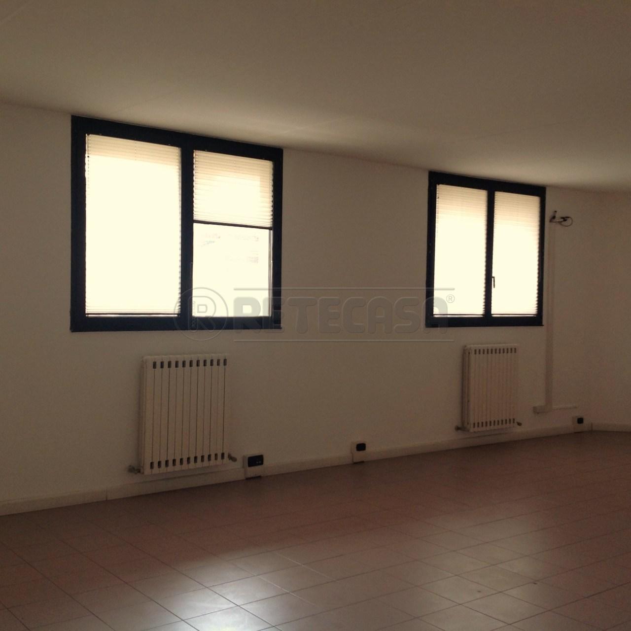 Laboratorio - Commerciale-Artigianale a MORTISE, Padova Rif. 10048736