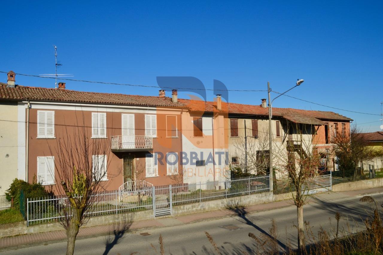 Villa a Schiera in vendita a Carbonara al Ticino, 7 locali, prezzo € 78.000   PortaleAgenzieImmobiliari.it