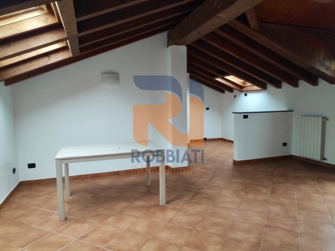 Appartamento in vendita a Castelletto di Branduzzo, 3 locali, prezzo € 42.000 | PortaleAgenzieImmobiliari.it