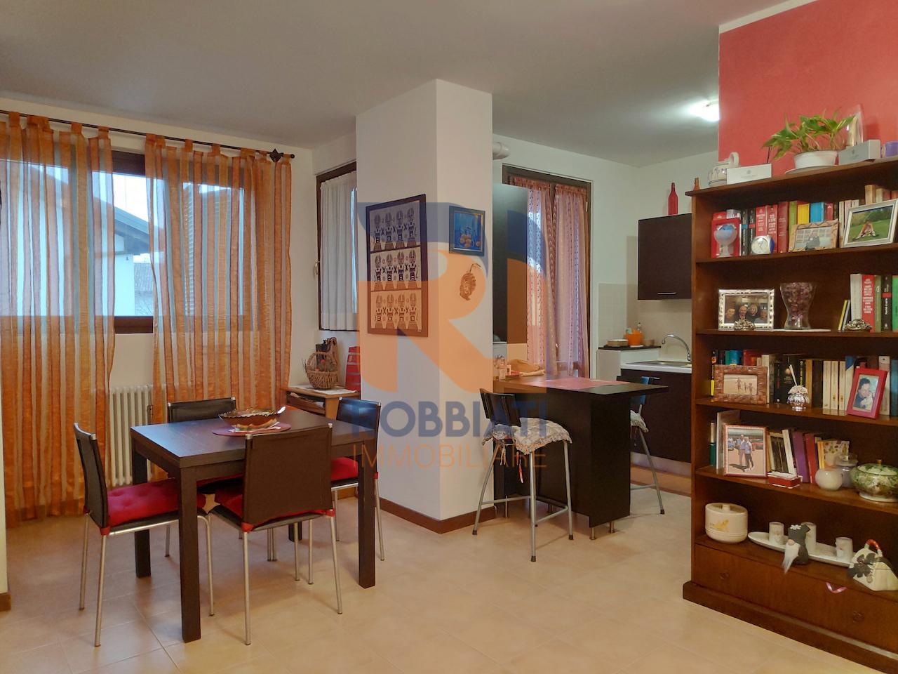 Appartamento in vendita a San Martino Siccomario, 2 locali, prezzo € 74.000 | PortaleAgenzieImmobiliari.it