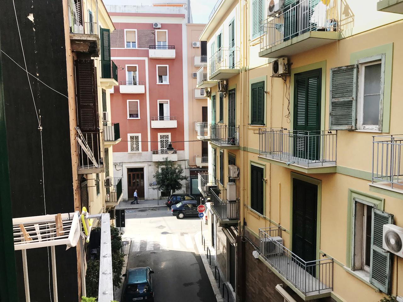 Appartamento in buone condizioni in vendita Rif. 10702134