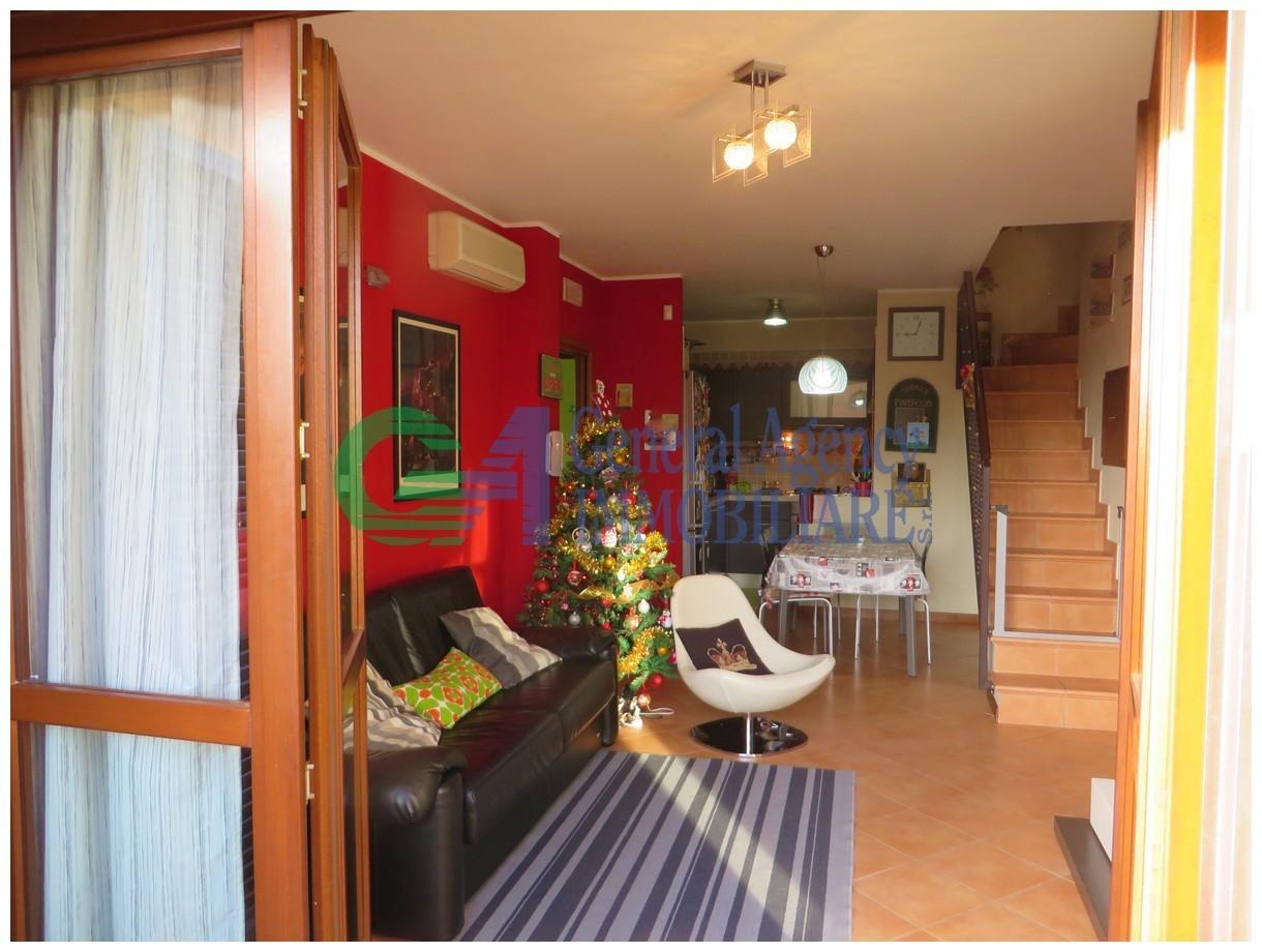 Trilocale in ottime condizioni in vendita Rif. 8921012