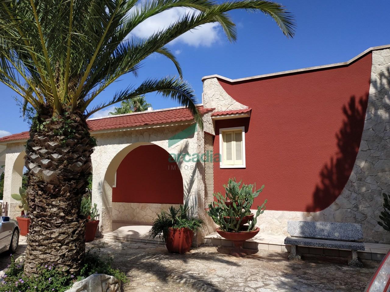 Villa in buone condizioni in vendita Rif. 10465996