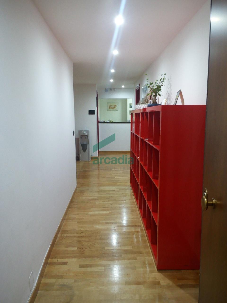 Ufficio - oltre pentalocale a Murat, Bari Rif. 10491884