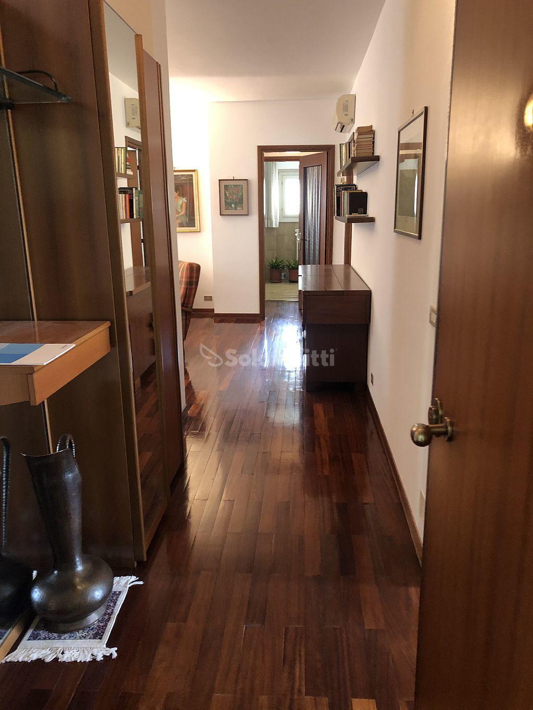 Appartamento Quadrilocale Arredato 6 vani 120 mq.