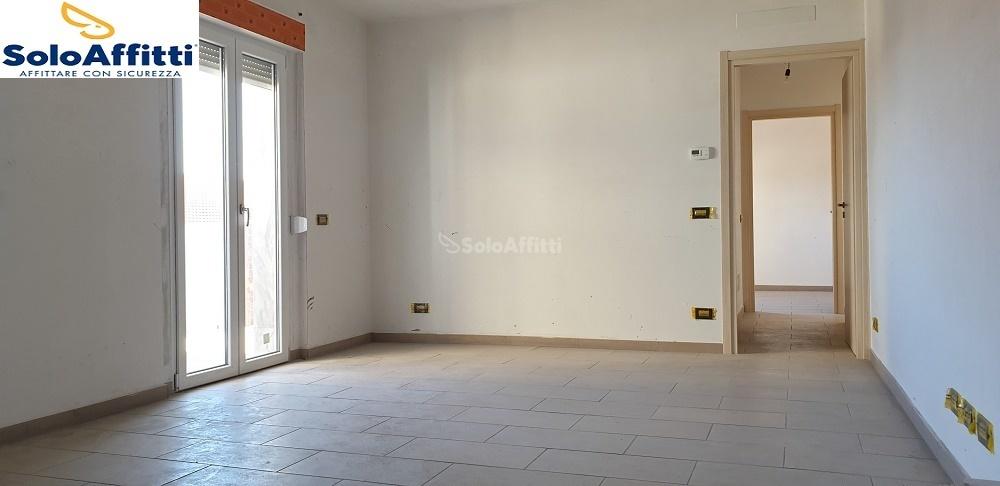 soggiorno cucina con uscita terrazzo