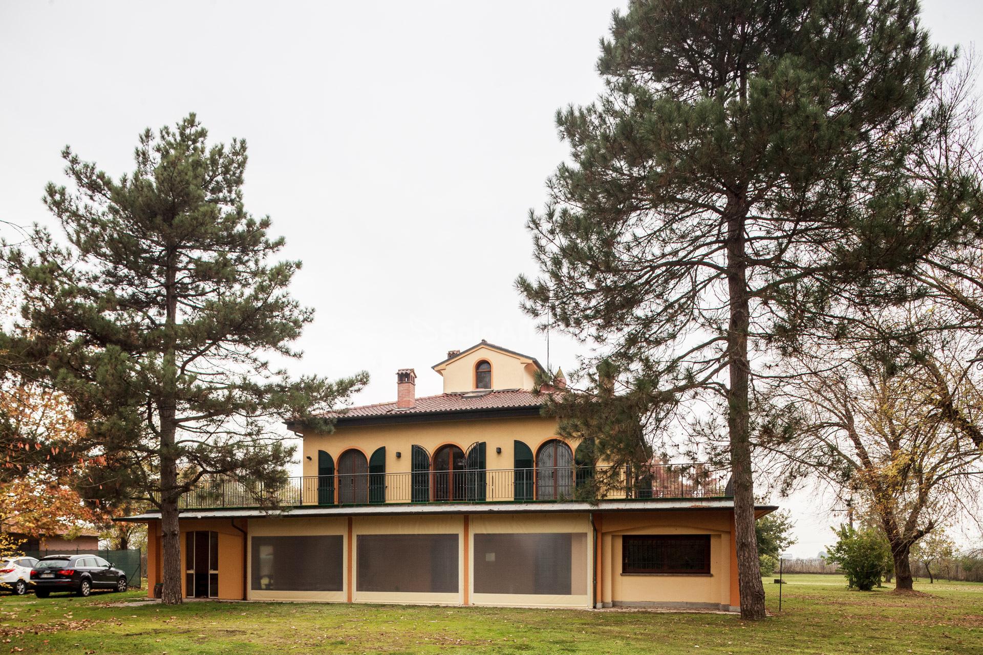 Villa Singola 14 vani