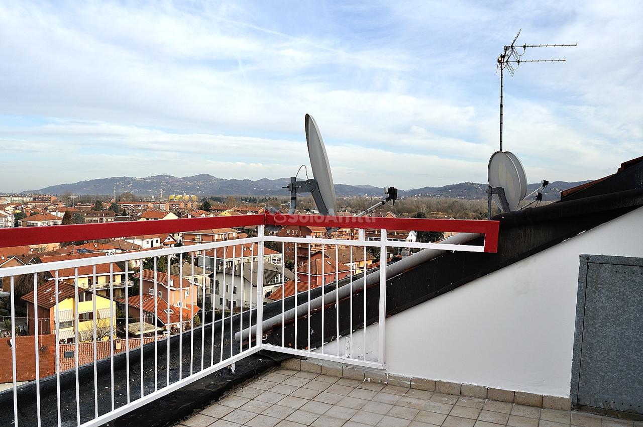Attico / Mansarda in affitto a Settimo Torinese, 2 locali, prezzo € 440 | PortaleAgenzieImmobiliari.it