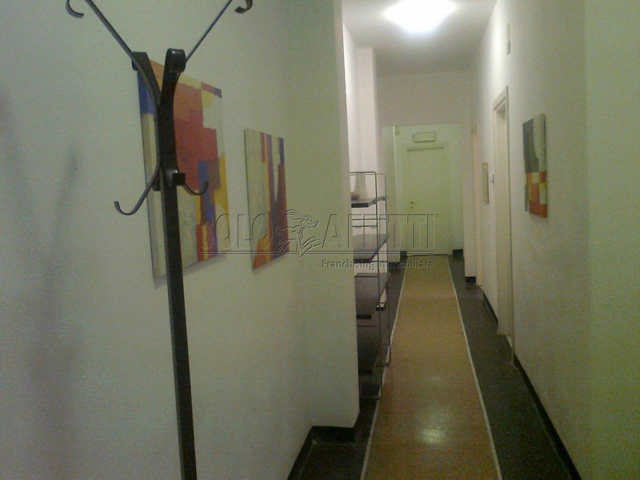 Ufficio / Studio in affitto a Finale Ligure, 6 locali, prezzo € 1.200 | PortaleAgenzieImmobiliari.it