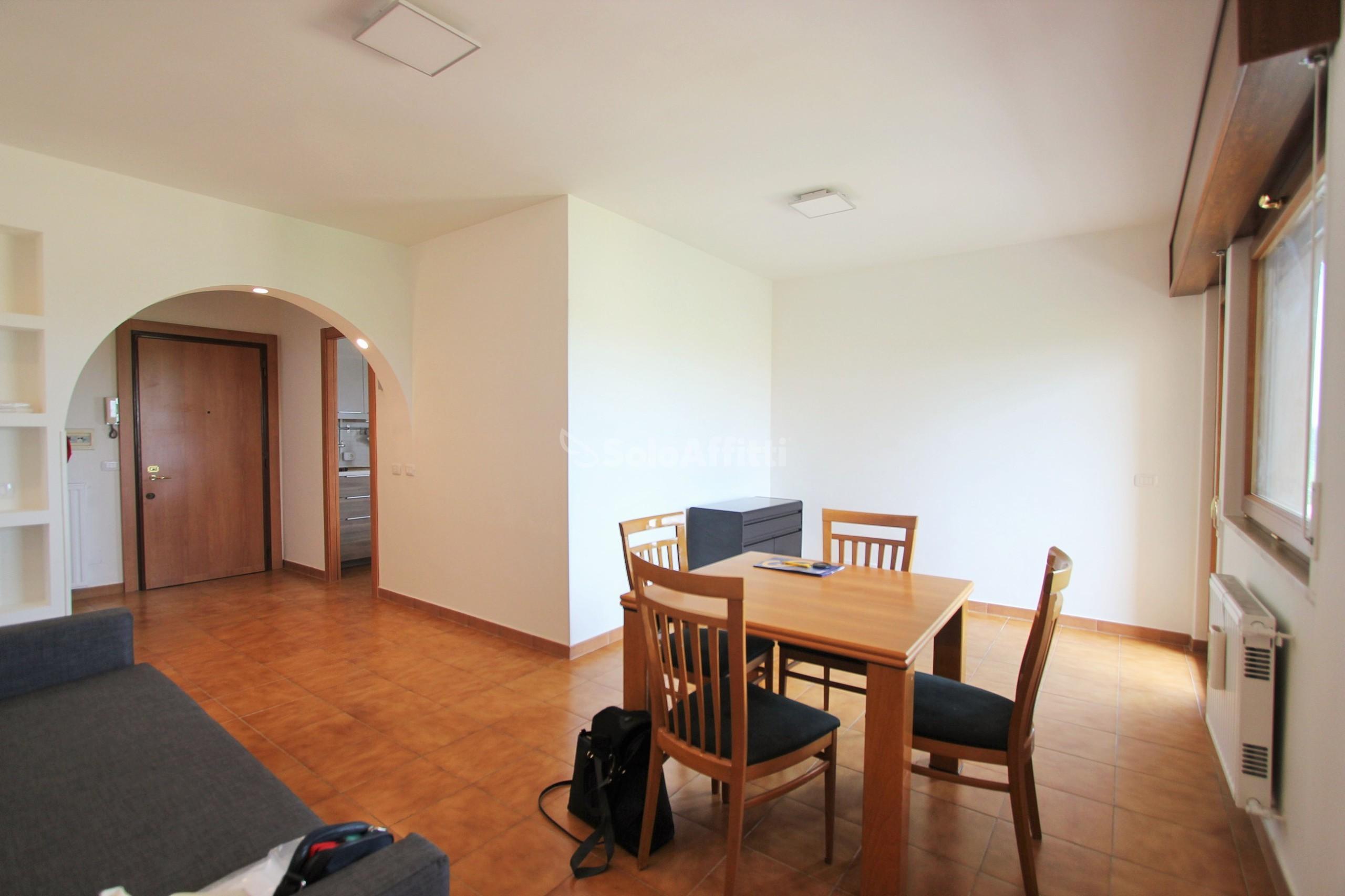 Appartamento Quadrilocale Arredato 6 vani