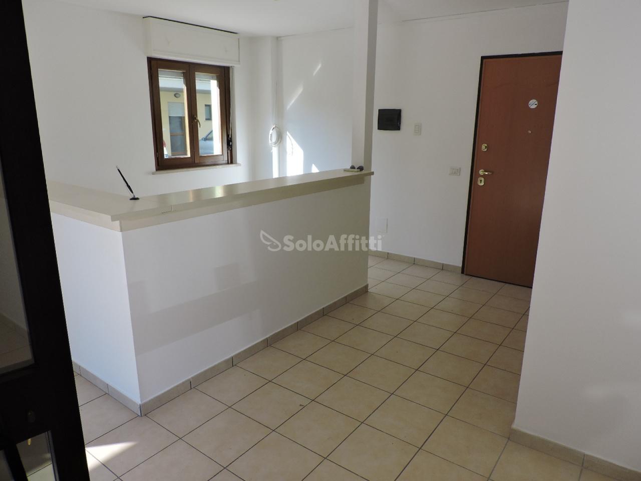 Magazzino a Villa Raspa, Spoltore Rif. 8558641