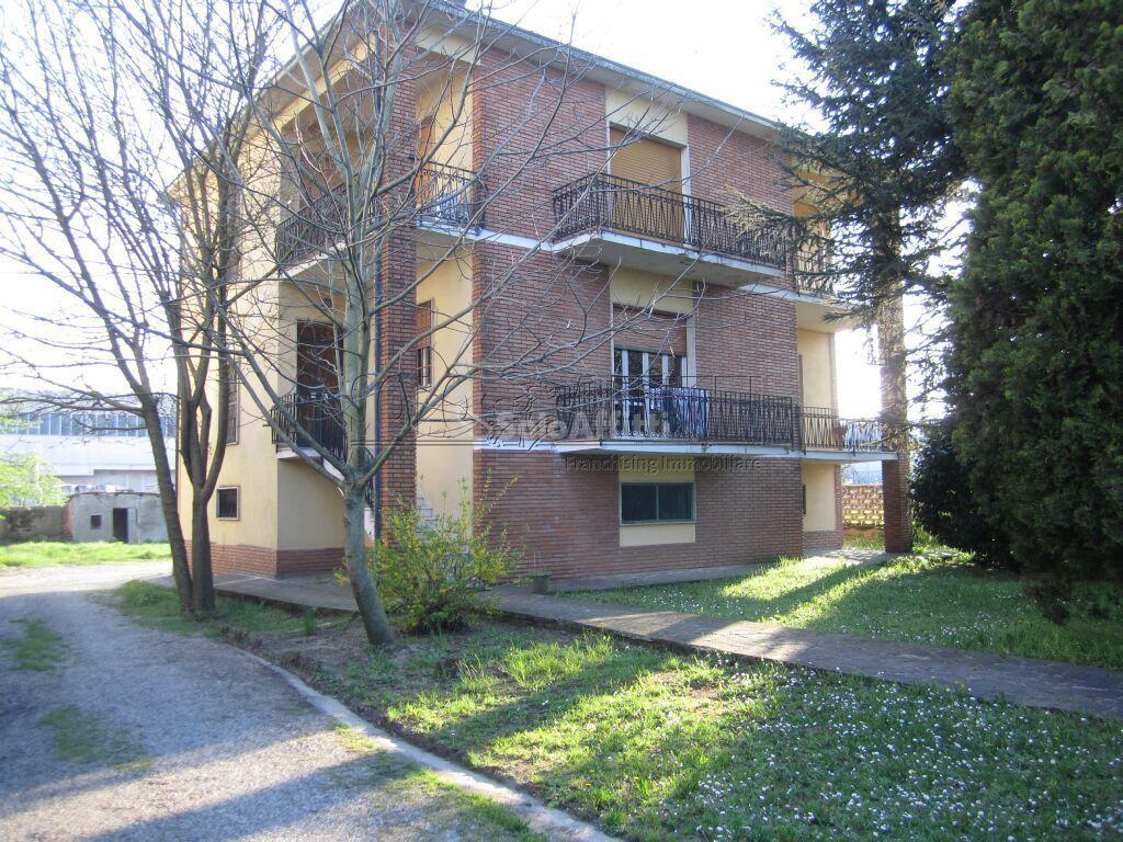 Appartamento in affitto a Bressana Bottarone, 5 locali, prezzo € 480 | PortaleAgenzieImmobiliari.it