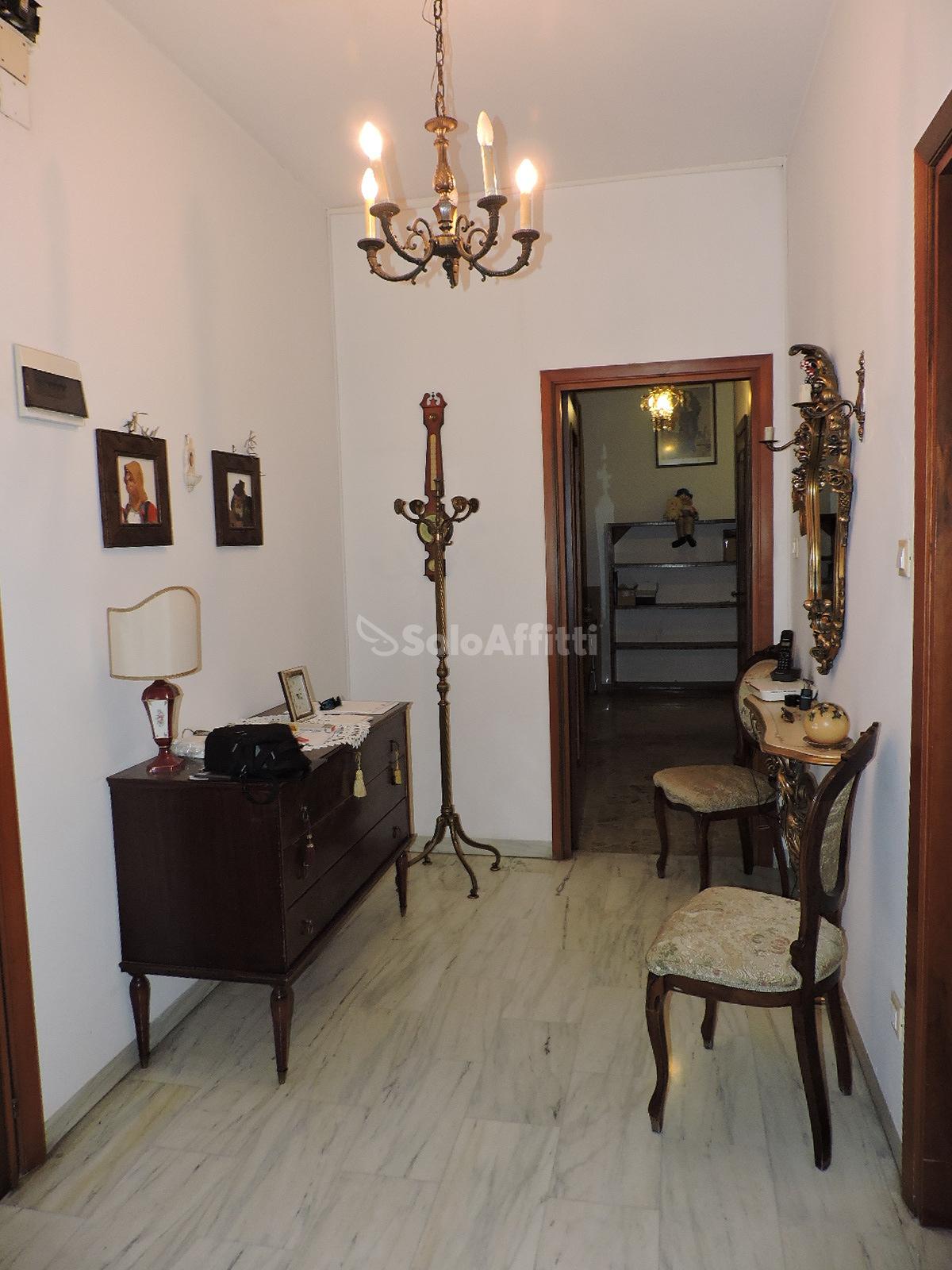 Appartamento Quadrilocale Arredato 140 mq.