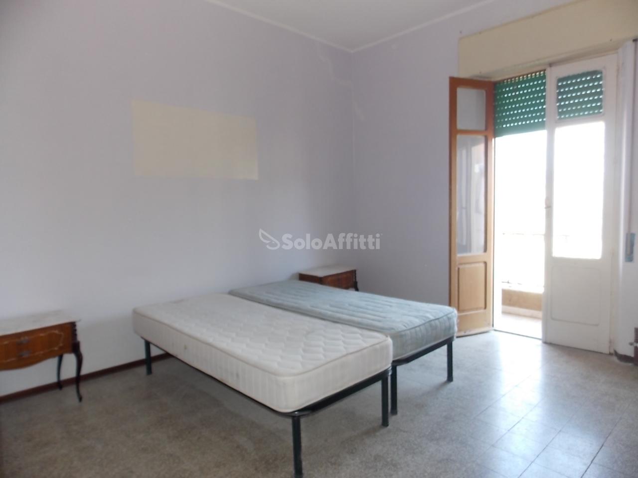 Stanza / posto letto in buone condizioni arredato in affitto Rif. 4133789