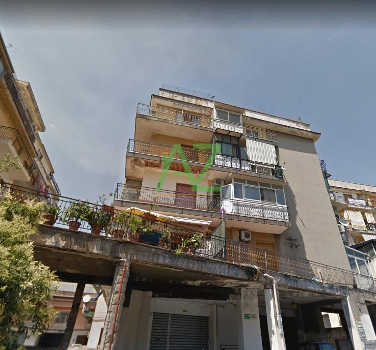 Appartamento da ristrutturare in vendita Rif. 7882365