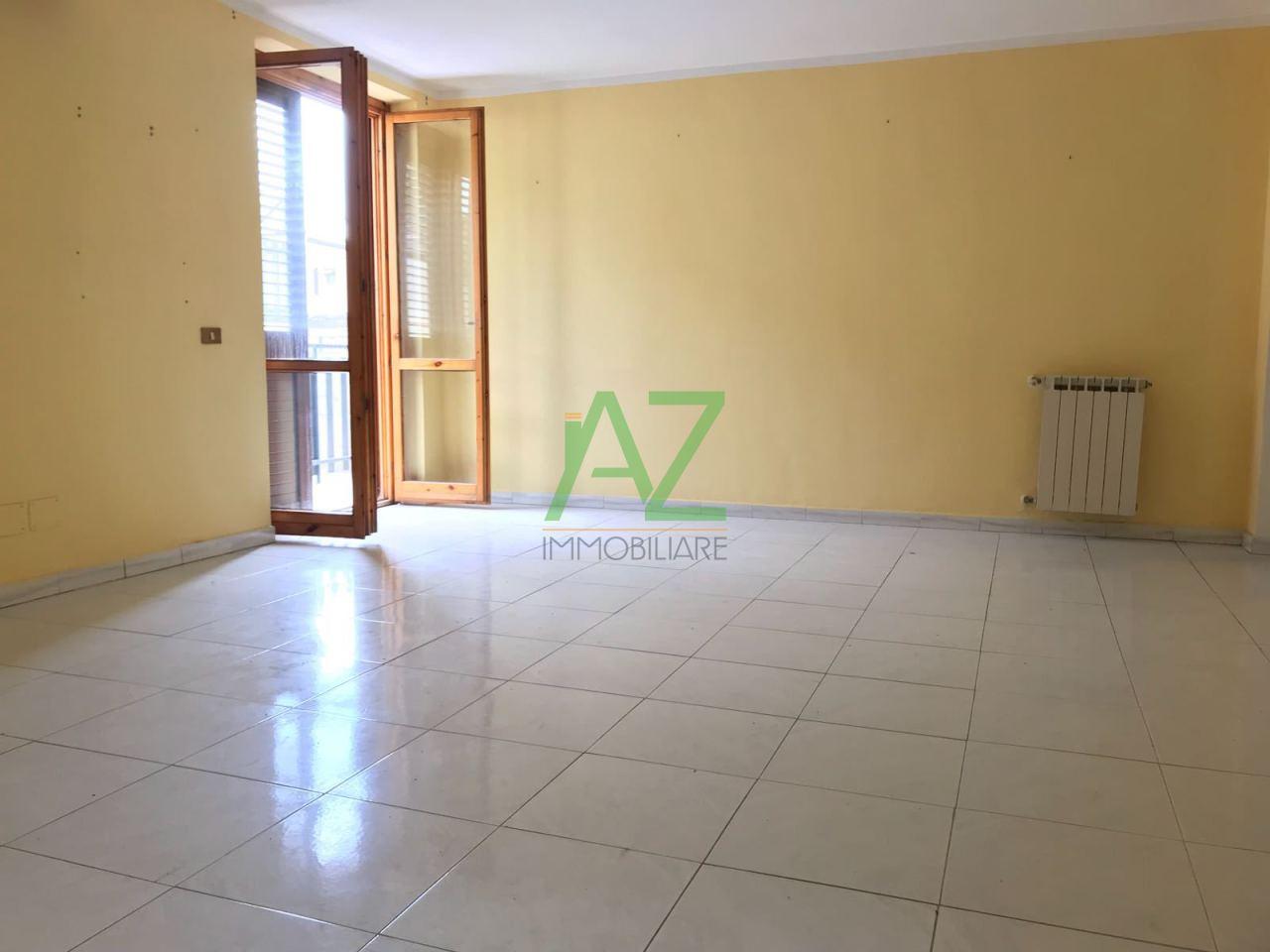Appartamento in buone condizioni in vendita Rif. 6488351