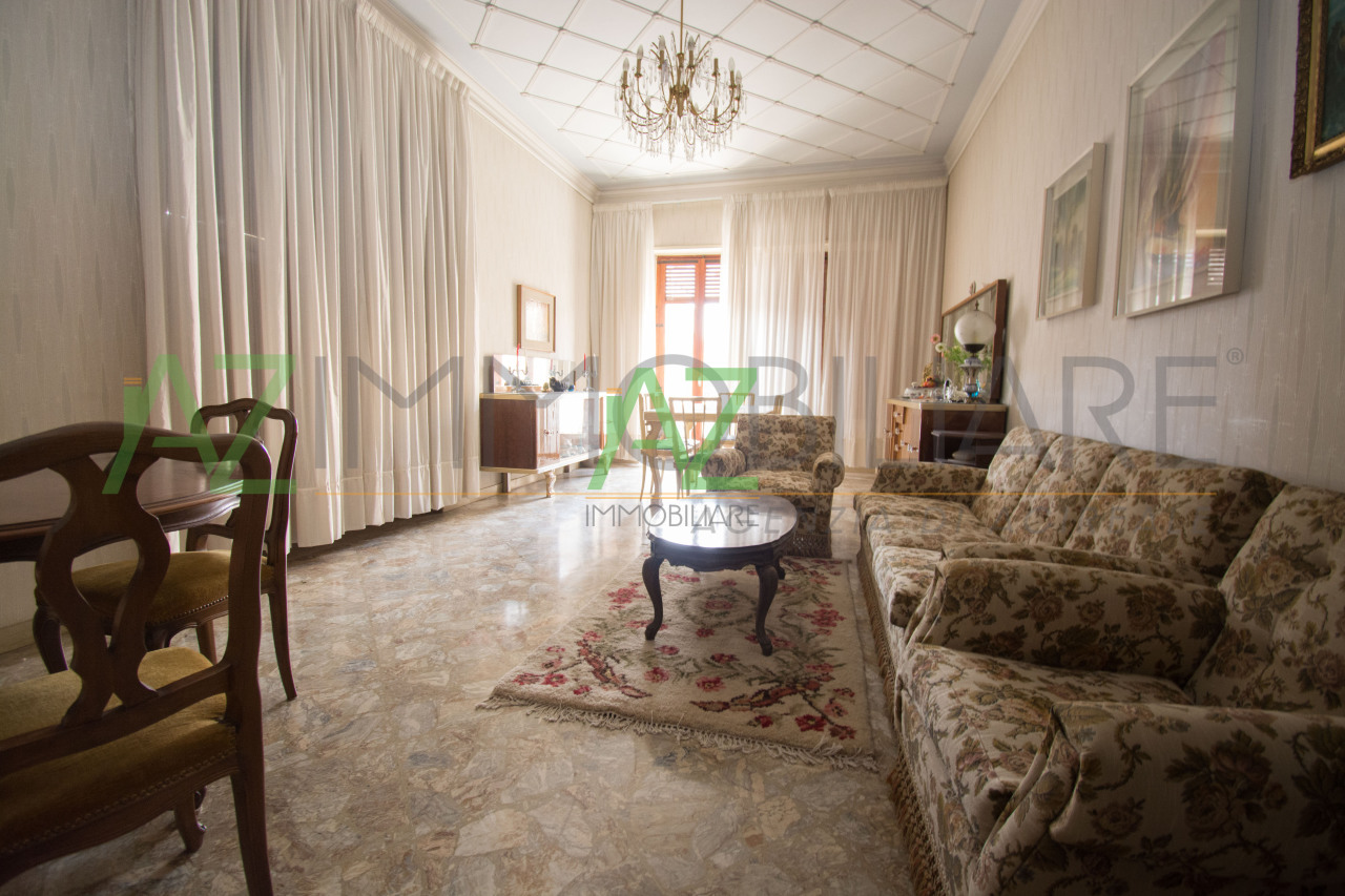 Appartamento da ristrutturare in vendita Rif. 5958526