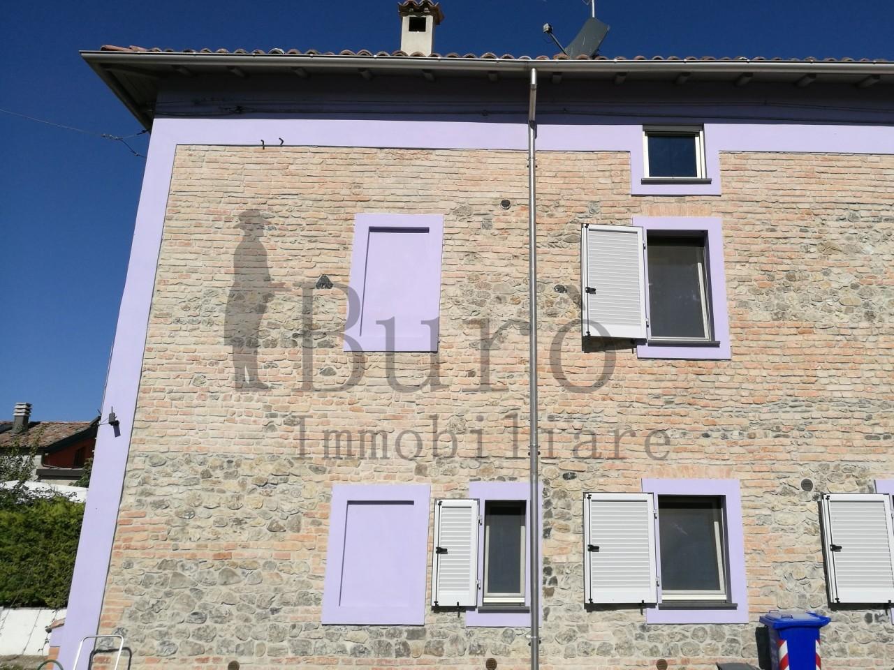 Porzione di casa in vendita Rif. 6371832