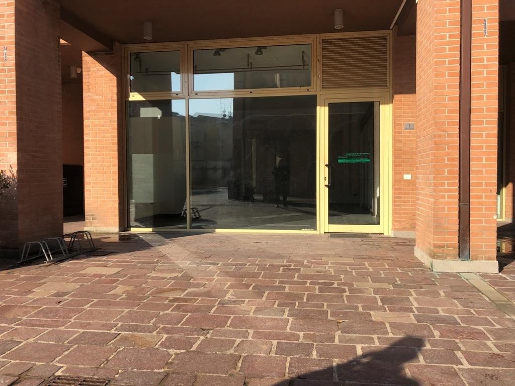 Locale commerciale - 2 Vetrine a Collecchio Rif. 9173816