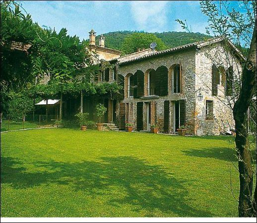 Rustico / Casale in affitto a Galzignano Terme, 5 locali, prezzo € 2.500 | CambioCasa.it