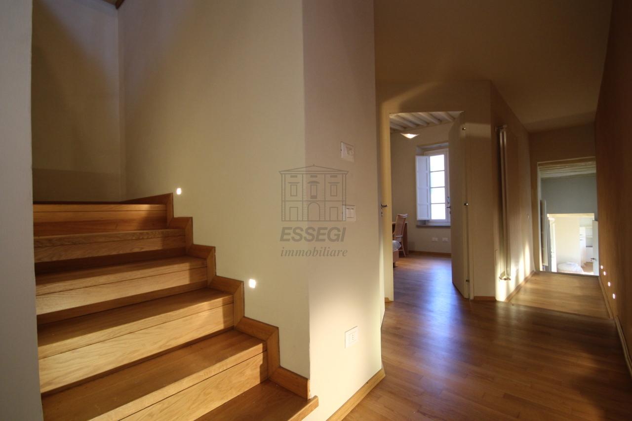 Appartamento Lucca Centro storico IA00611 img 15