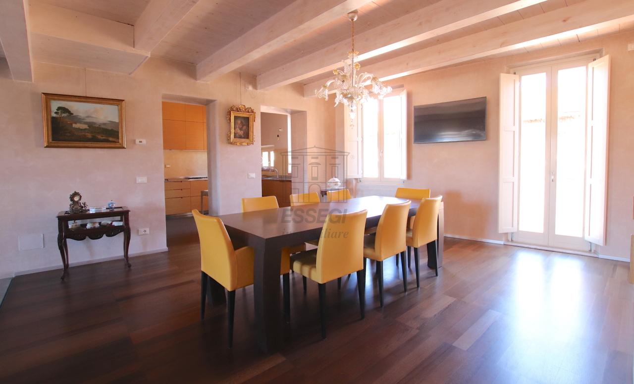Appartamento Lucca Centro storico IA03502 img 17