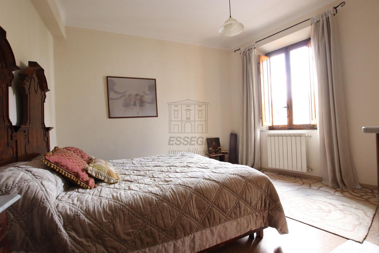 Appartamento Lucca Centro storico IA03542 img 8