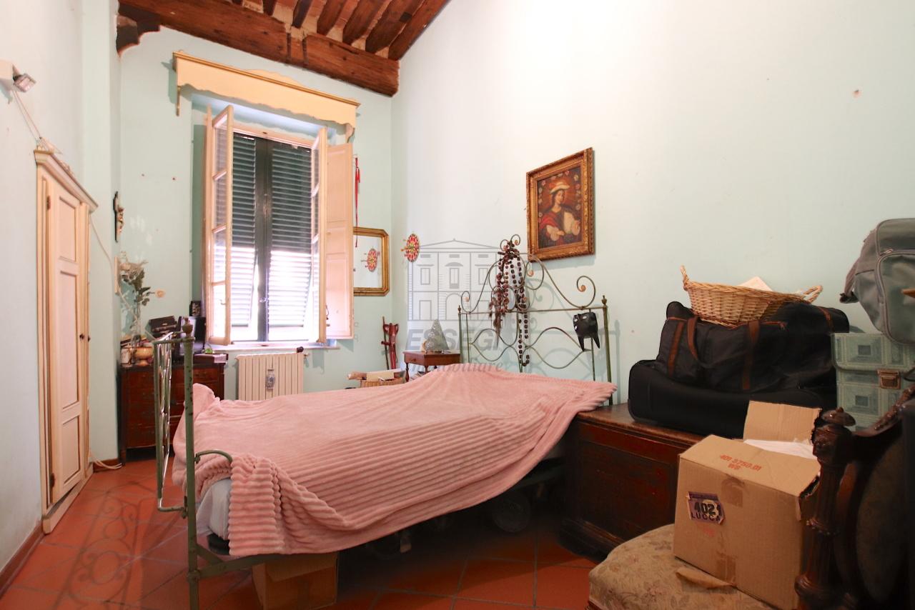 Appartamento Lucca Centro storico IA00362 img 26