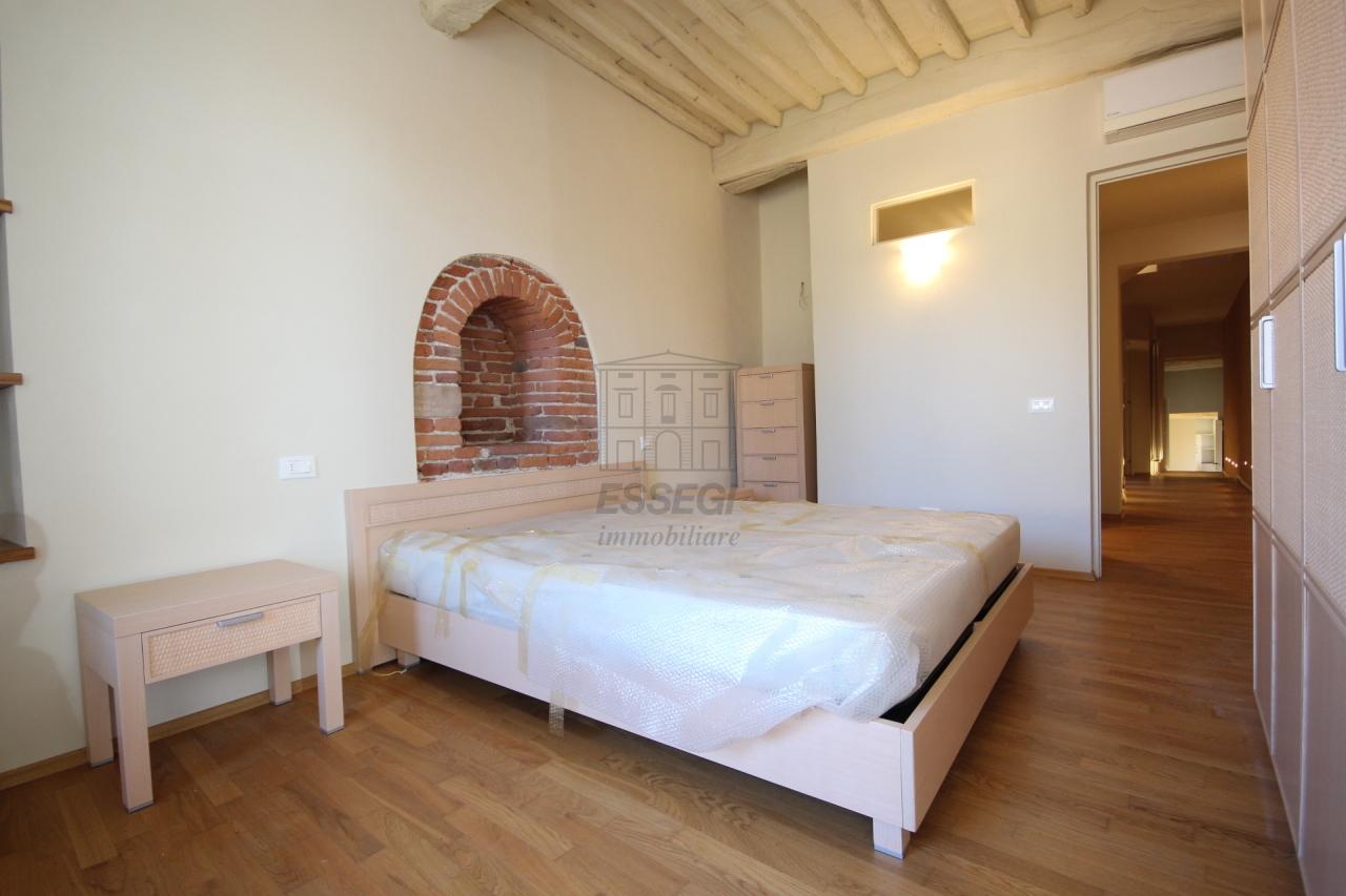 Appartamento Lucca Centro storico IA00611 img 20