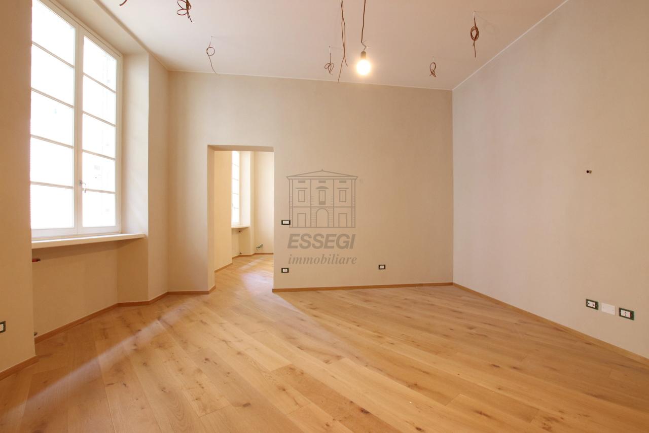 Appartamento Lucca Centro storico IA03509 img 3