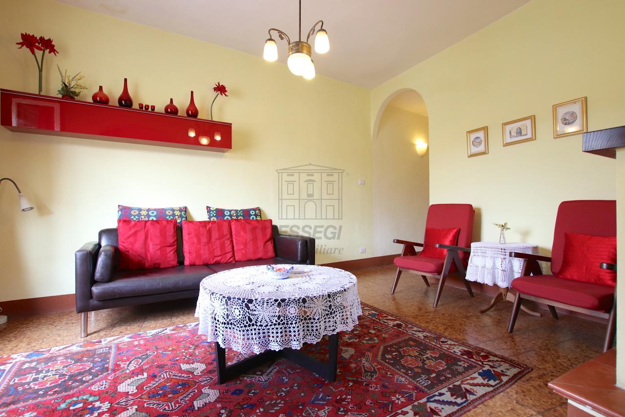 Appartamento Lucca Centro storico IA03538 img 2