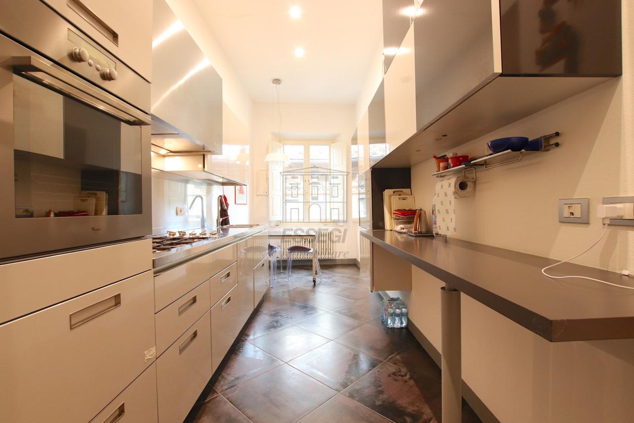 Appartamento Lucca Centro storico IA03474 img 12